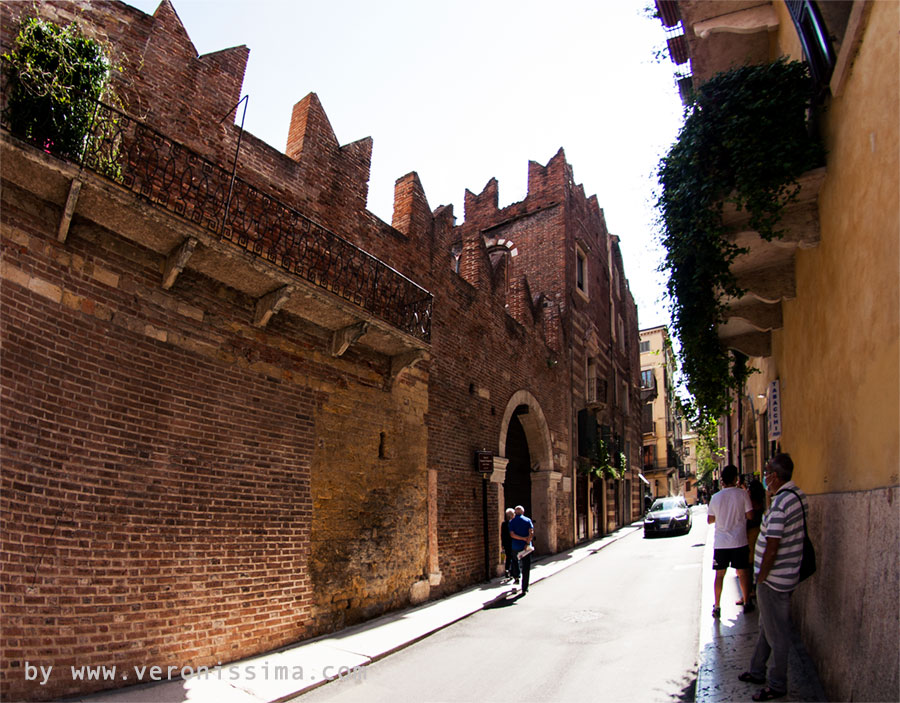 La casa di romeo tour e itinerari for Casa immagini