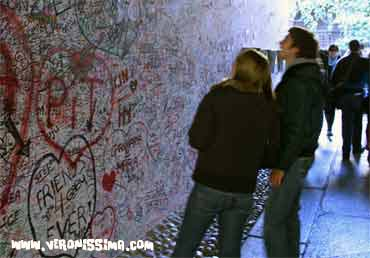 juliet's graffiti