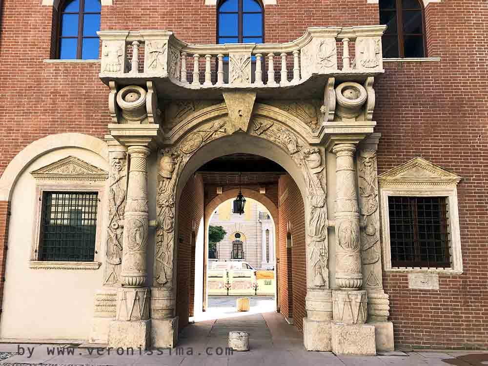 Monumenti di verona porta dei bombardieri - Porta bombarde ...